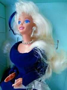 VINTAGE MATTEL BARBIE DOLL  -  WINTER  VELVET -  AVON EXCLUSIVE