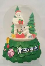 MICHELIN MAN GLASS MUSICAL SNOW GLOBE MUSIC BOX w/ MR BIB DOG CHRISTMAS GLOBE