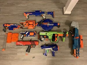 Huge Lot of 9 Nerf Guns and Accessories N-Strike Elite, Zombie Strike, Rivals