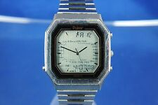VINTAGE con Pulsar/Seiko World Timer LCD Digitale Watch 1980 S MOLTO RARA