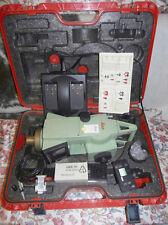 "Leica Tachymètre TC 302 2"" (0,6 mgon) TOTAL station théodolite topographie Chargeur"