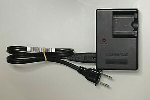 OEM Olympus LI-40C Li-on Battery Charger w/ Power Cable