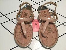 Sam & Libby Kamilla NEW Nude Patent Thong Sandals  Gold Accents size 8