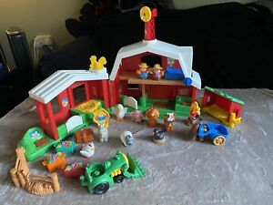 FISHER PRICE LITTLE PEOPLE FARM, BARN PLAYSET + PEOPLE ,ANIMALS & ACCESSORIES
