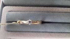 LADIES DIAMOND 10 POINT SOLITARE 9CT RING SIZE K AND A HALF