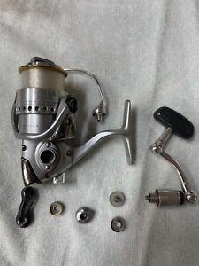 Shimano Stella 2500 F spinning reel needs bail fixed.