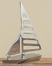 SEGELBOOT MODELL AUS ALUMINIUM 31 cm HÖHE SEGELSCHIFF BOOT SCHIFF SILBER NEU