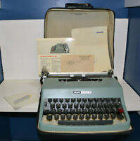Olivetti Lettera 32 Portable Typewriter w/ Case & Documentation - Made in Spain