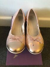Clarks Dance Puff Rose gold Ladies / Girls Shoes Size UK 4 F / EUR 37