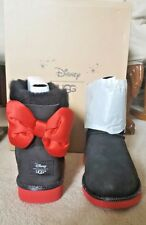 UGG DISNEY MINNIE BLACK SWEETIE BOW CLASSIC BOOTS  6 KIDS FITS 8 WOMEN LIMITED