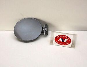 Mazda 2 (De) Fuel Flap Tank Cap Year 2008 - FC #38P - Aluminium Metallic