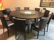 Dining table and chairs rarely used. 11 pieces. 90% new.
