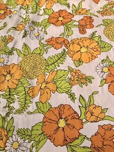 Vintage 1960s-70s Mod Floral Original Fabric Poppies, Daisies and Me Walltex 7yd