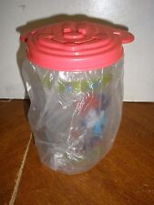 NEW Tupperware tumbler #3499 Mickey & Minnie Mouse 1+1=2 with Mickey red lid