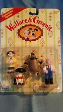 1989 Wallace & Gromit Collectable Figures #5777 with Shaun the Sheep