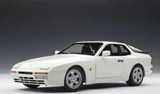 1/18 Autoart Porsche 944 Turbo 1985 White Cult! For