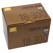 Nikon AF-S DX Nikkor 18-300mm f/3.5-6.3 G ED VR Obiettivi D7200 D5600 D7500