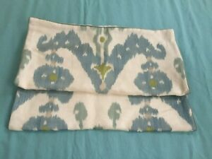 "Set of TWO  Ryan Studio Designer Pillow Covers 22"" Square"