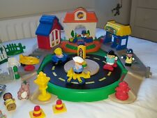 ELC Fisher Price Little people school moving road, sounds, people, animals, used