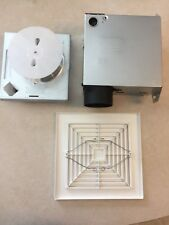 BROAN 1671F BATHROOM FAN 120V CEILING OR WALL Includes Mounting Housing 1667H