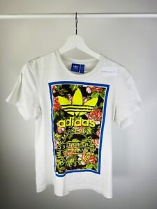 Vintage Men's Adidas Big Logo Graphic T-shirt White Small