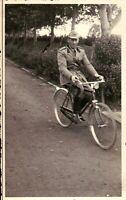 FOTO ANNI '40 - MILITARE REGIO ESERCITO IN BICICLETTA -