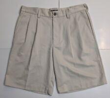 Izod Mens Golf Shorts Size 32 Pleated Beige Casual Khaki