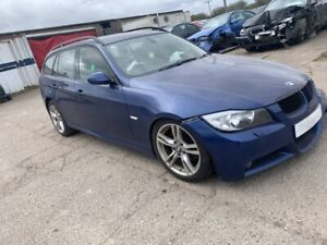 BMW E91 Touring 330d M Sport in Le mans Blue BREAKING - 1 x OSF Foglamp