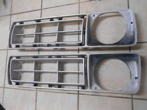 73-77 FORD TRUCK F-150 F-250 RIGHT & LEFT GRILLE PLASTIC INSERT OEM