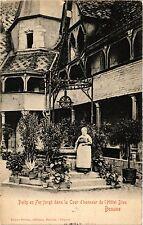 CPA   Puits en Fer forgé dans la Cour d'honneur de l'Hotel-Dieu -Beaune (353993)