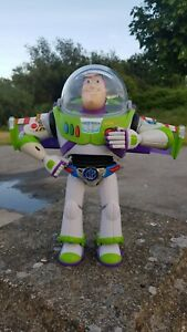 Buzz Lightyear Chrome Utility anti-gravity Belt RARE TOY STORY collection
