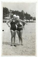 carte postale photo Colette Darfeuil maillot de bain plage sexy La Baule