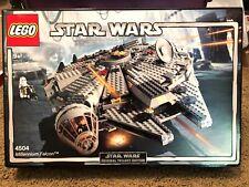 LEGO 4504 - Star Wars - Episode V - Millenium Falcon New Sealed