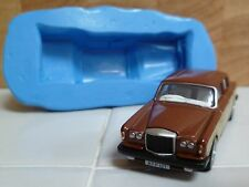 3D BENTLEY T2 SALOON CAR SILICONE MOULD FOR CAKE TOPPERS, CHOCOLATE ETC