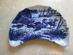 VICTORIAN BROWN WESTHEAD MOORE & Co - PLATE - DUCKS LOBSTERS AND TURTLE 1869