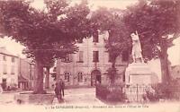 CPA 12 LA CAVALERIE MONUMENT AUX MORTS HOTEL DE VILLE