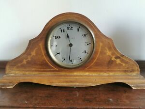 ANTIQUE WOODEN CHIMING MANTLE CLOCK