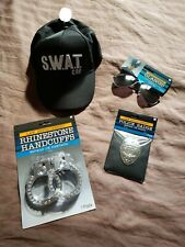 Halloween law enforcement accessories: cap, Aviator glasses, badge, hsndcuffs