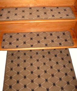 13 = Step 9'' x 30'' + 1 Landing  26'' x 30''  100%  Wool Carpet Tufted.