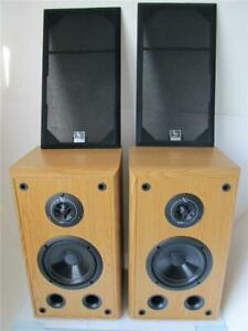 Pair Infinity SL30 Bookshelf Speakers  ****