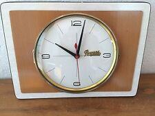Belle Horloge en FORMICA roques bijoutier decazeville vintage années 50 / 60 /70