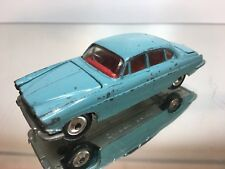 CORGI TOYS 238 JAGUAR MARK X SALOON + SUITCASE - BLUE 1:43 - GOOD CONDITION