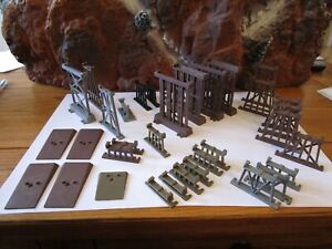 """Lot of Many HO Scale Assorted Bridge Piers Trestles Shims 1/4"""" to 3"""""""