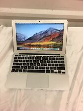 MacBook Air (11-Inch A1465 Early 2014) / Core i5 / 4GB RAM / 256gb SSD