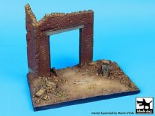 Black Dog 1/72 Factory Entrance Section (125mm x 75mm) [Diorama Base] D72002