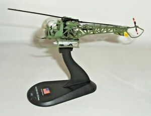 AMERCOM 1965 BELL OH-13H SIOUX HELICOPTER MODEL & STAND M*A*S*H NEEDS REPAIR