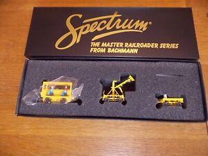BACHMANN SPECTRUM SPEEDER DEISEL LOCO with WORK CRANE & CART WAGON. HO Gauge.