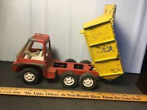 Hubley Dump Truck Gabriel Industries 1969 Metal and Plastic Vintage #1912