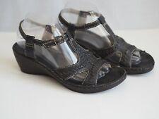 Clarks Sandals 6 Black Green Wedge