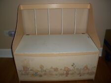 Vintage 1977 Hallmark Inc. Betsey Clark Toy box or chest or bench